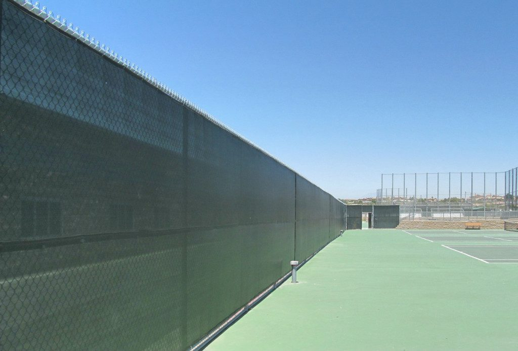 Durable, Easy Install Finished Tennis Windscreen